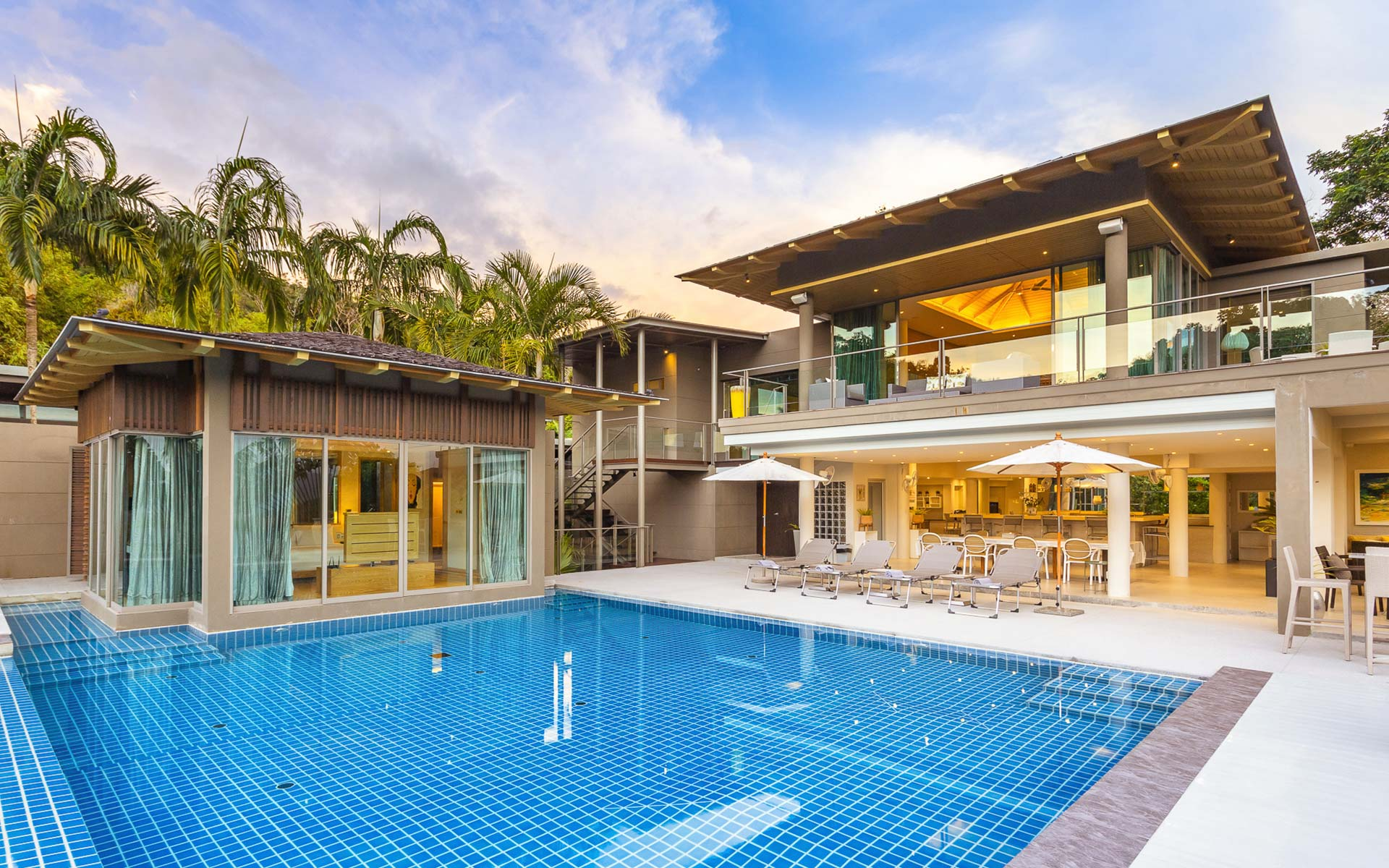 Napalai 6 Bed Villa in Layan, Phuket