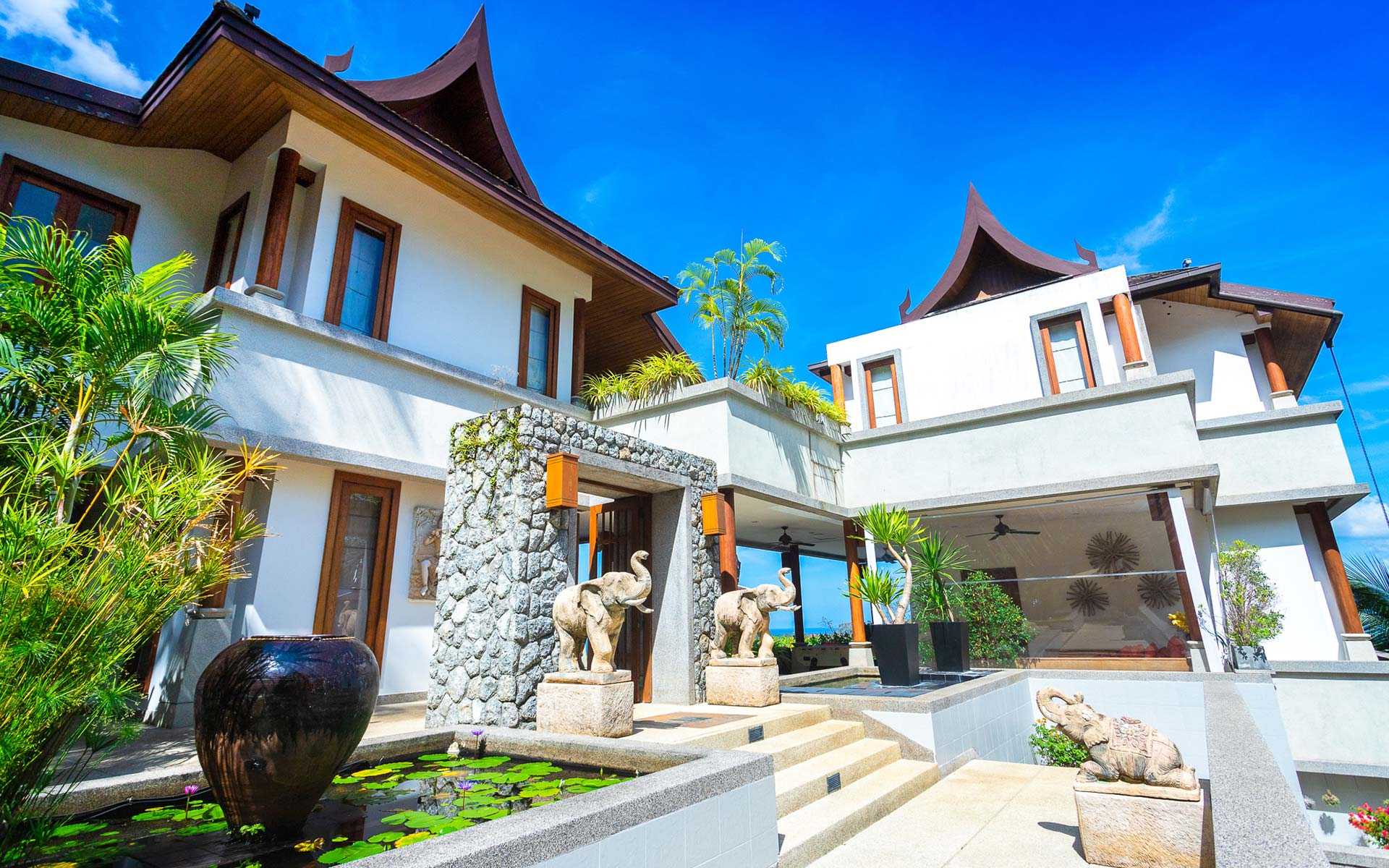 Soraya 7 Bed Villa in Surin, Phuket
