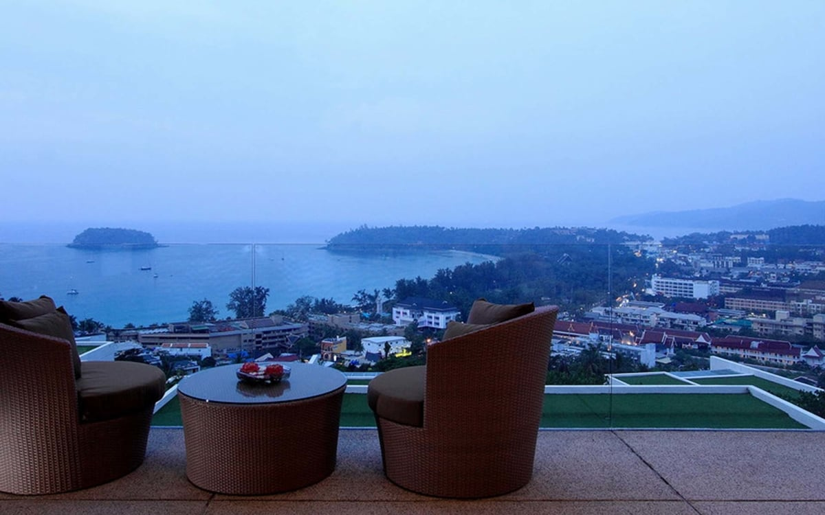 The Heights Penthouse ocean view (A11)