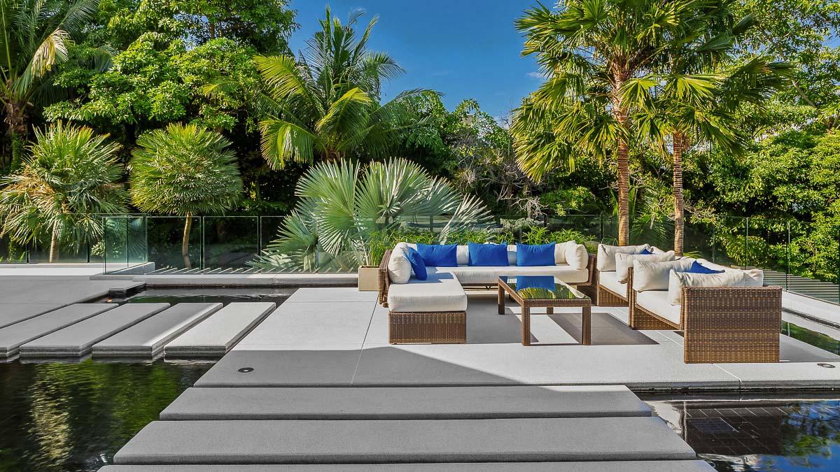 Villa Padma with private pool