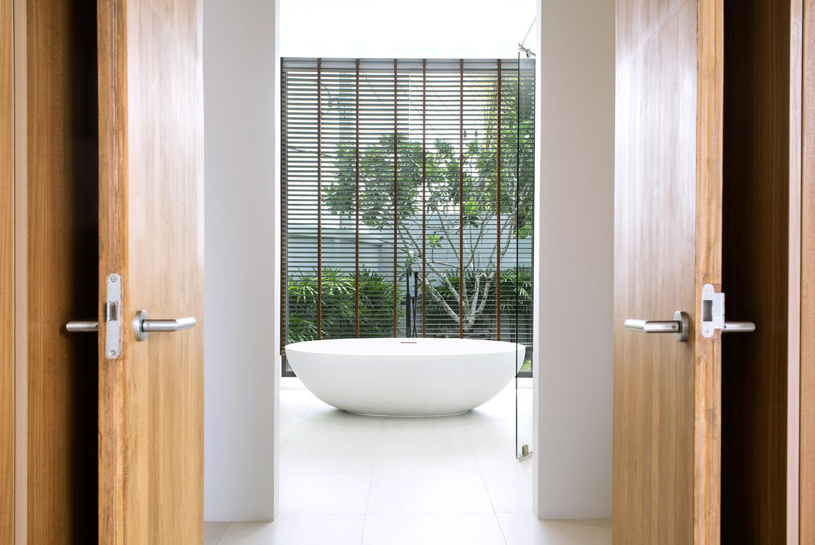Great investment ! 4bedroom Botanica villa